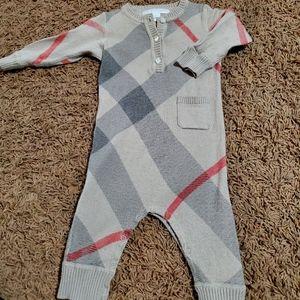Infant burberry cashmere